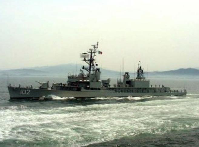 Destructores de la Armada de mexico? Clase_quetzalcoatl_gde